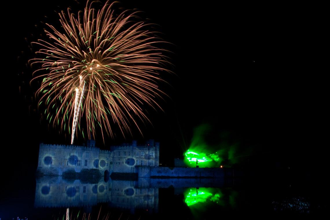 Leeds Castle Fireworks 2009